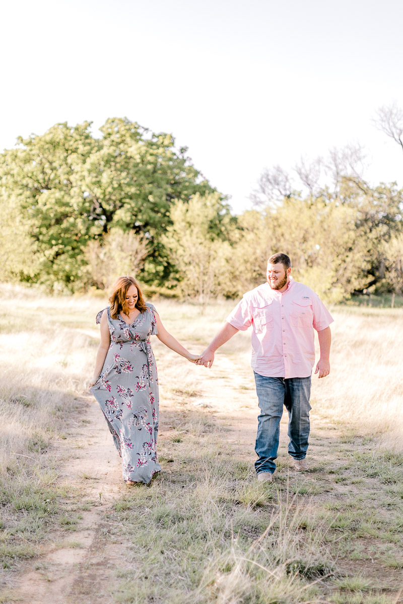 kailey-bryce-weatherford-texas-engagement-photographer-kaitlyn-bullard-3.jpg