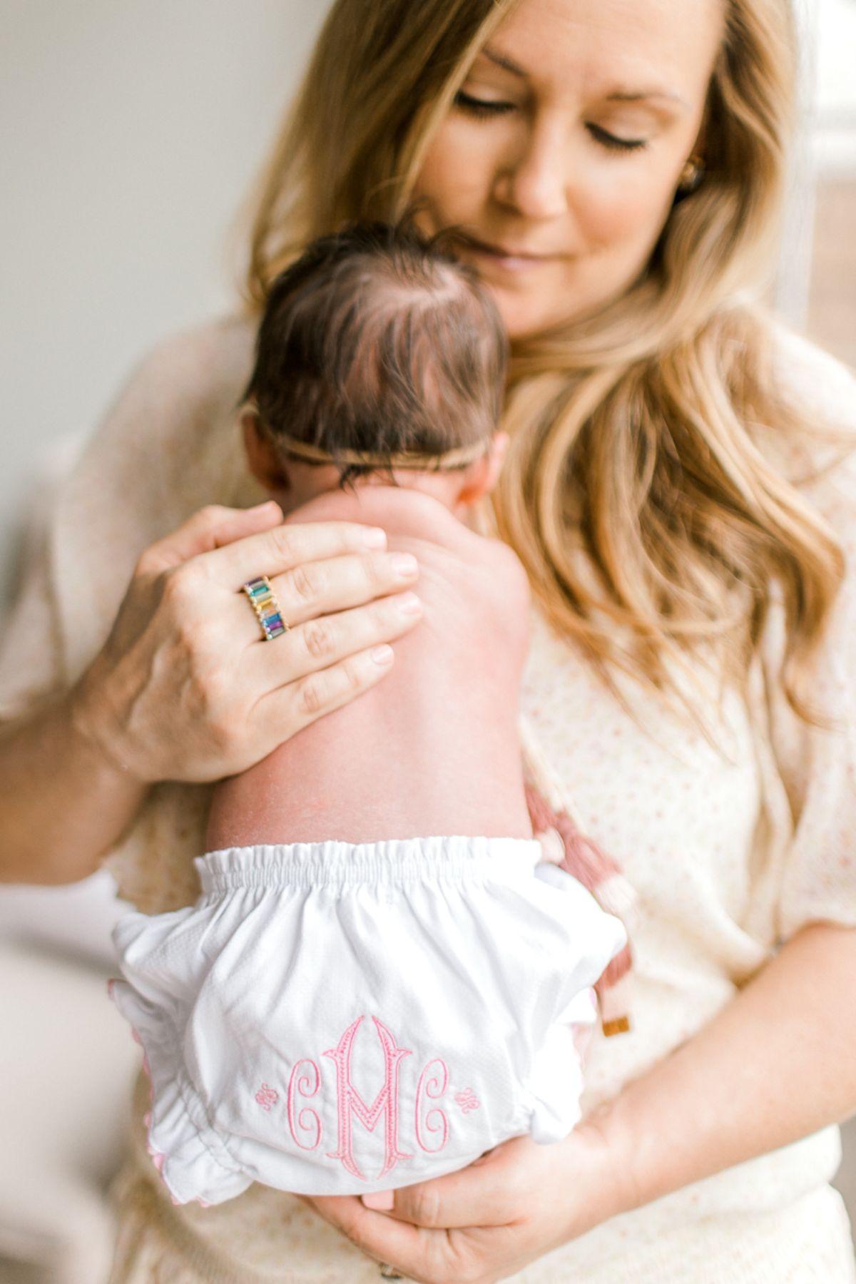 ennis-newborn-photographer-kaitlyn-bullard-charlotte-lifestyle-newborn-1.jpg