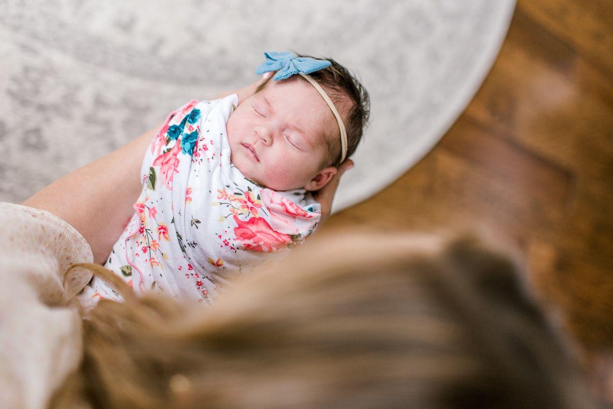 ennis-newborn-photographer-kaitlyn-bullard-charlotte-lifestyle-newborn-8.jpg