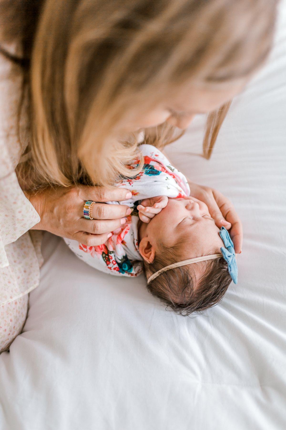 ennis-newborn-photographer-kaitlyn-bullard-charlotte-lifestyle-newborn-22.jpg