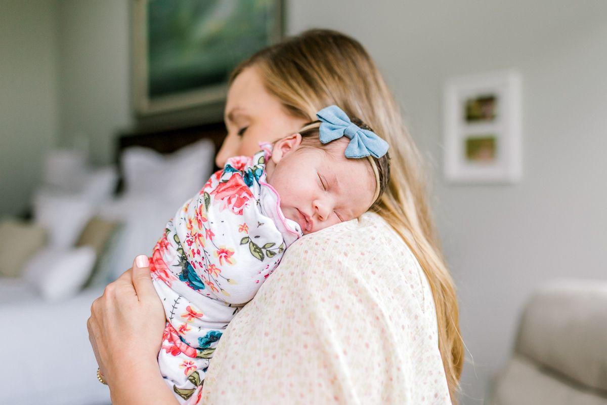 ennis-newborn-photographer-kaitlyn-bullard-charlotte-lifestyle-newborn-24.jpg