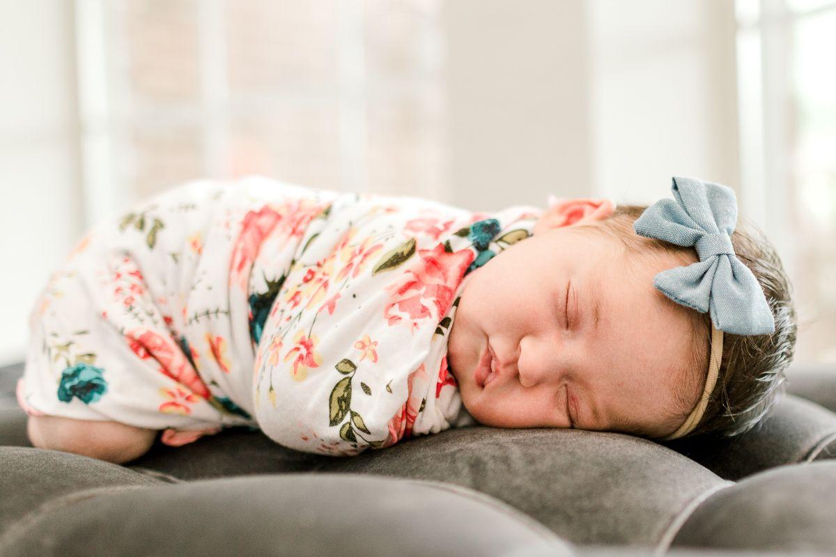 ennis-newborn-photographer-kaitlyn-bullard-charlotte-lifestyle-newborn-25.jpg