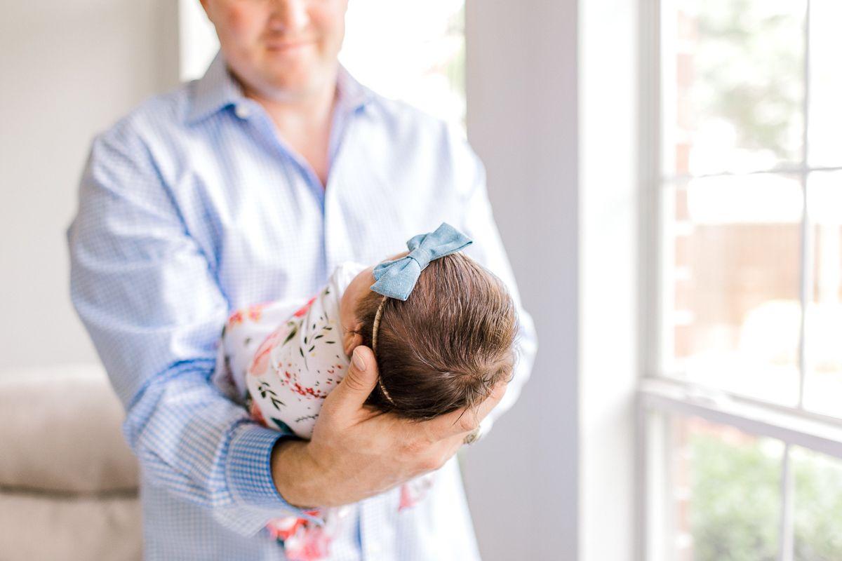 ennis-newborn-photographer-kaitlyn-bullard-charlotte-lifestyle-newborn-38.jpg