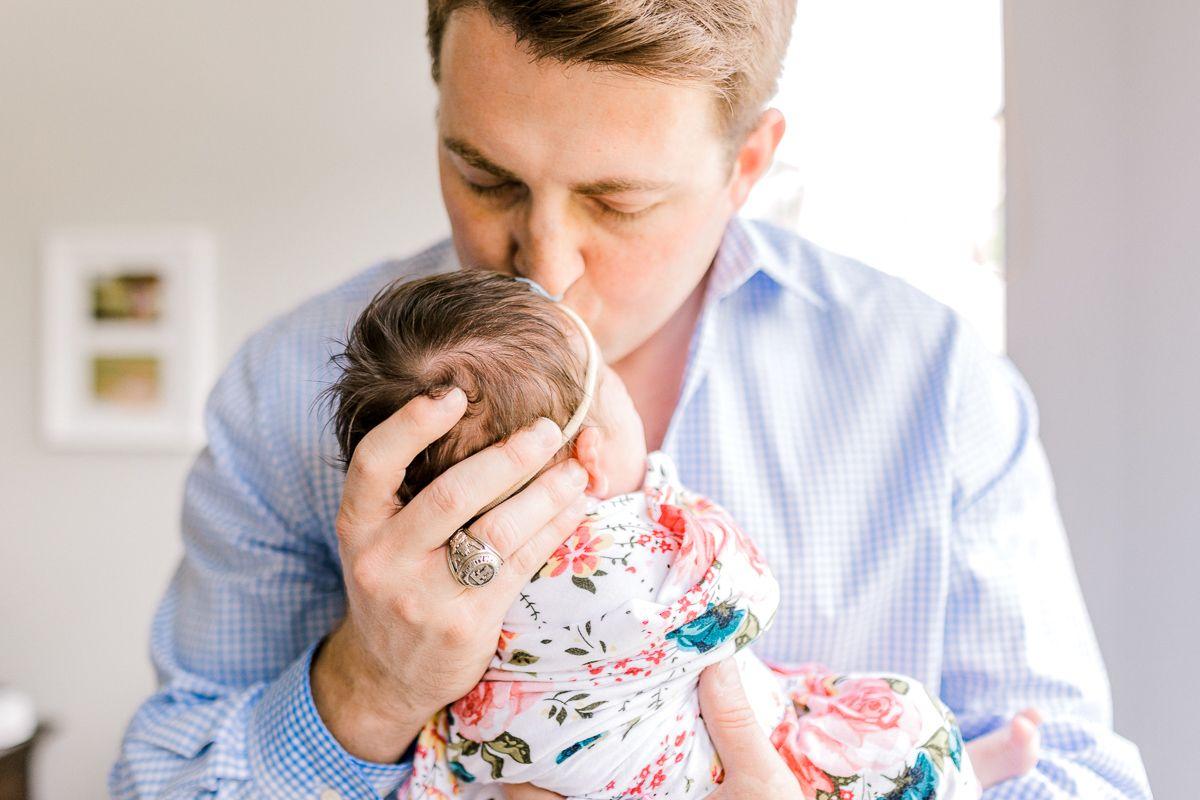 ennis-newborn-photographer-kaitlyn-bullard-charlotte-lifestyle-newborn-39.jpg