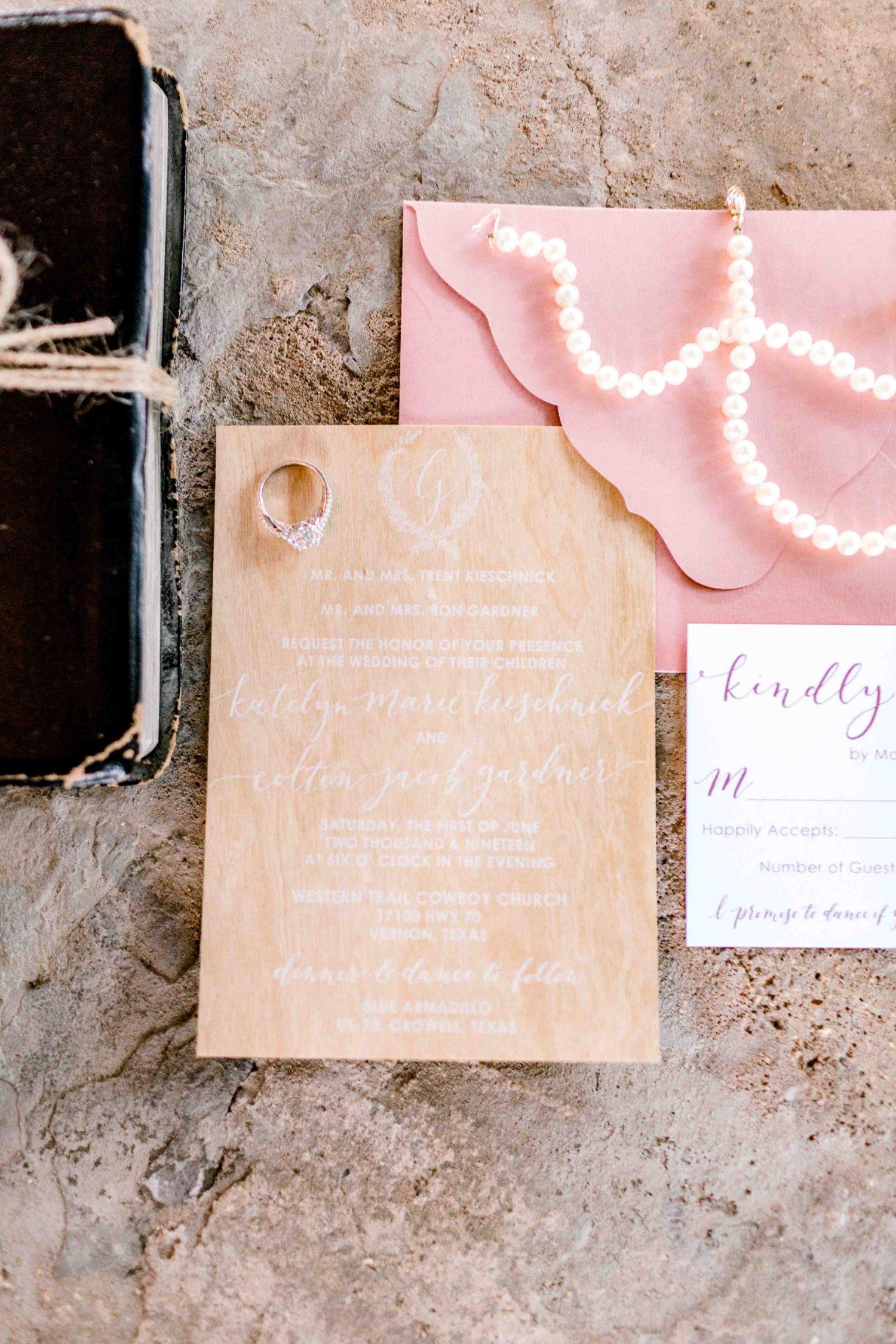 katelyn-colten-wichita-falls-wedding-photographer-05.jpg