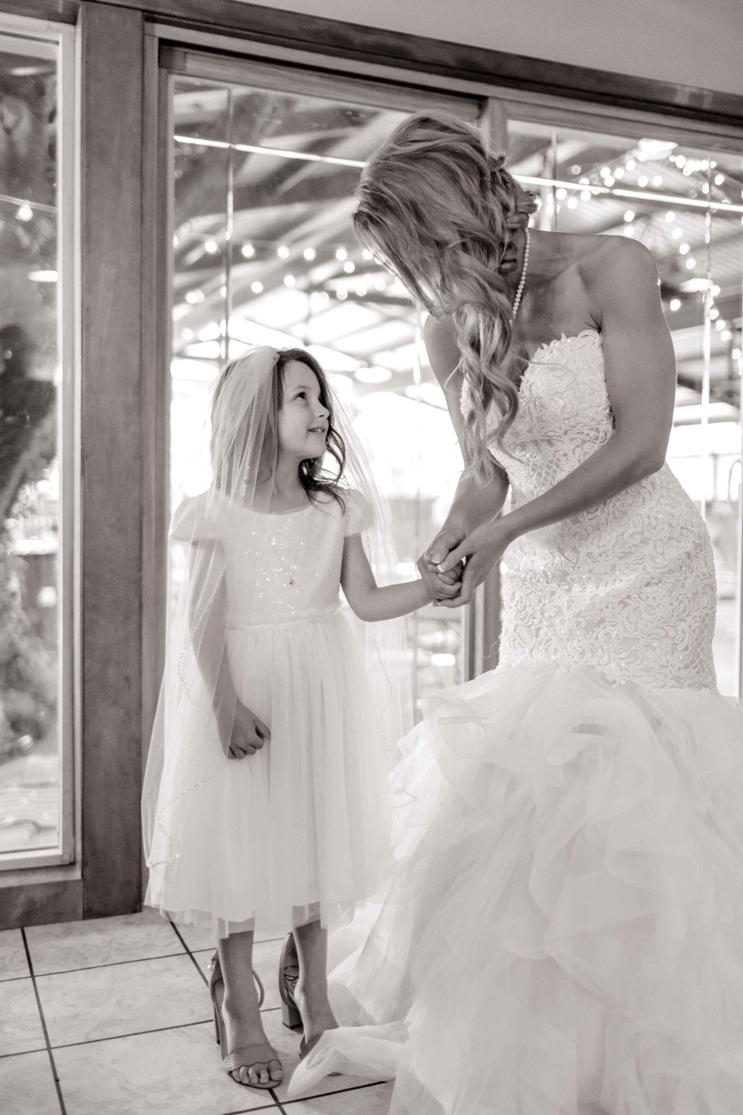 wichita-falls-wedding-katelyn-colten-vernon-texas-11.jpg