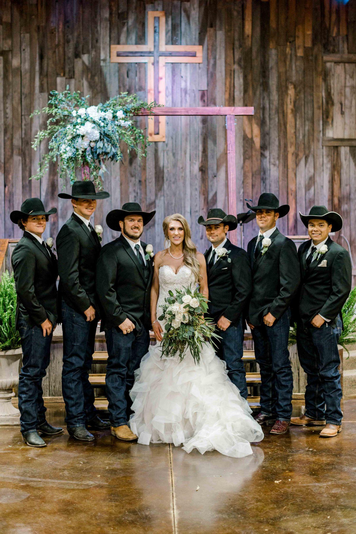 katelyn-colten-wichita-falls-wedding-photographer-12.jpg