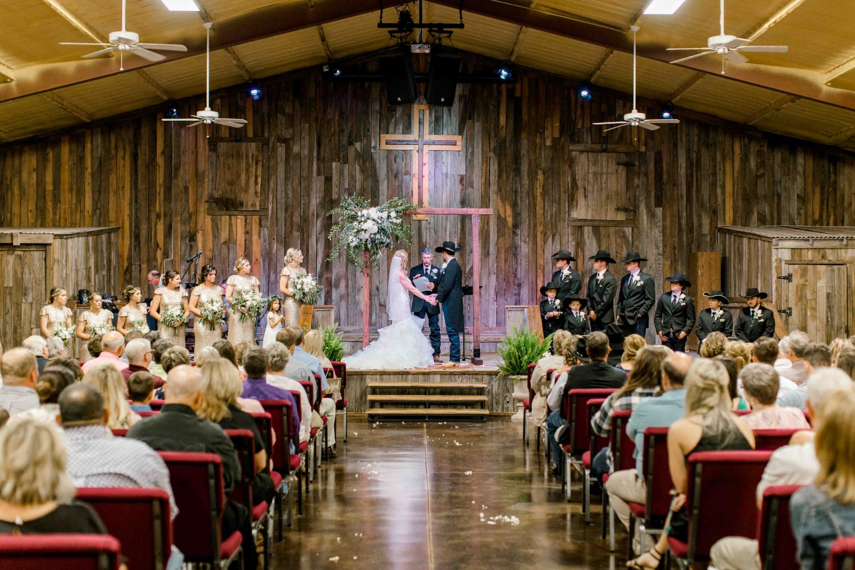 wichita-falls-wedding-katelyn-colten-vernon-texas-27.jpg