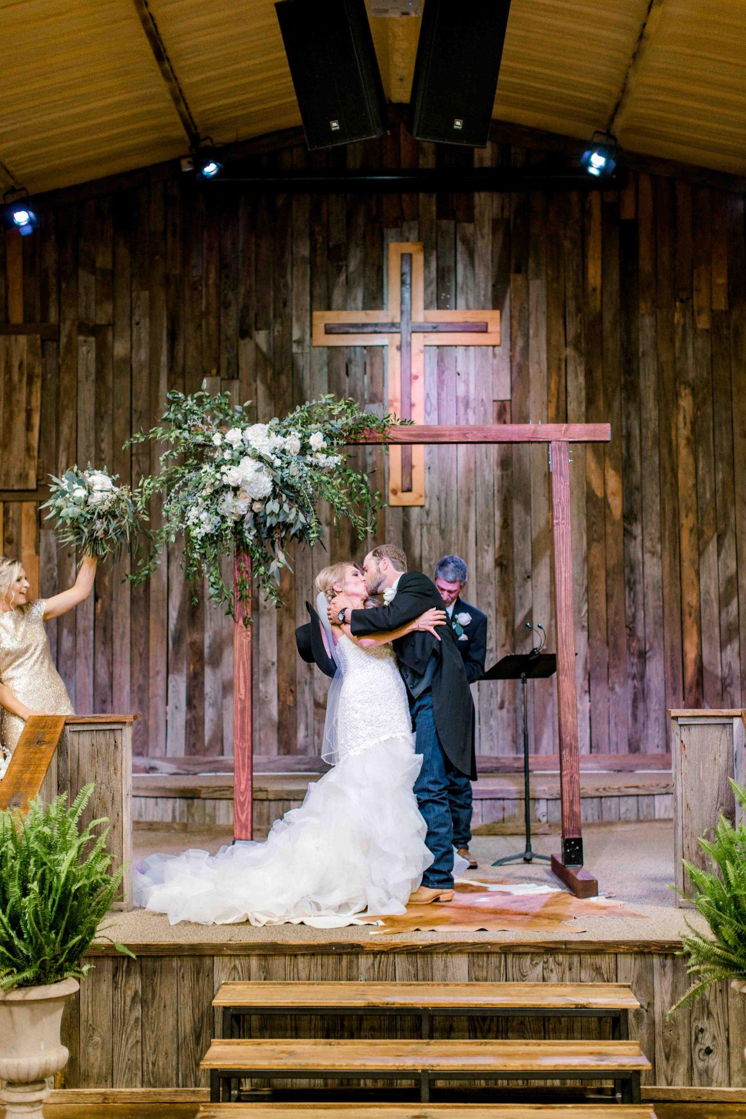 wichita-falls-wedding-katelyn-colten-vernon-texas-28.jpg