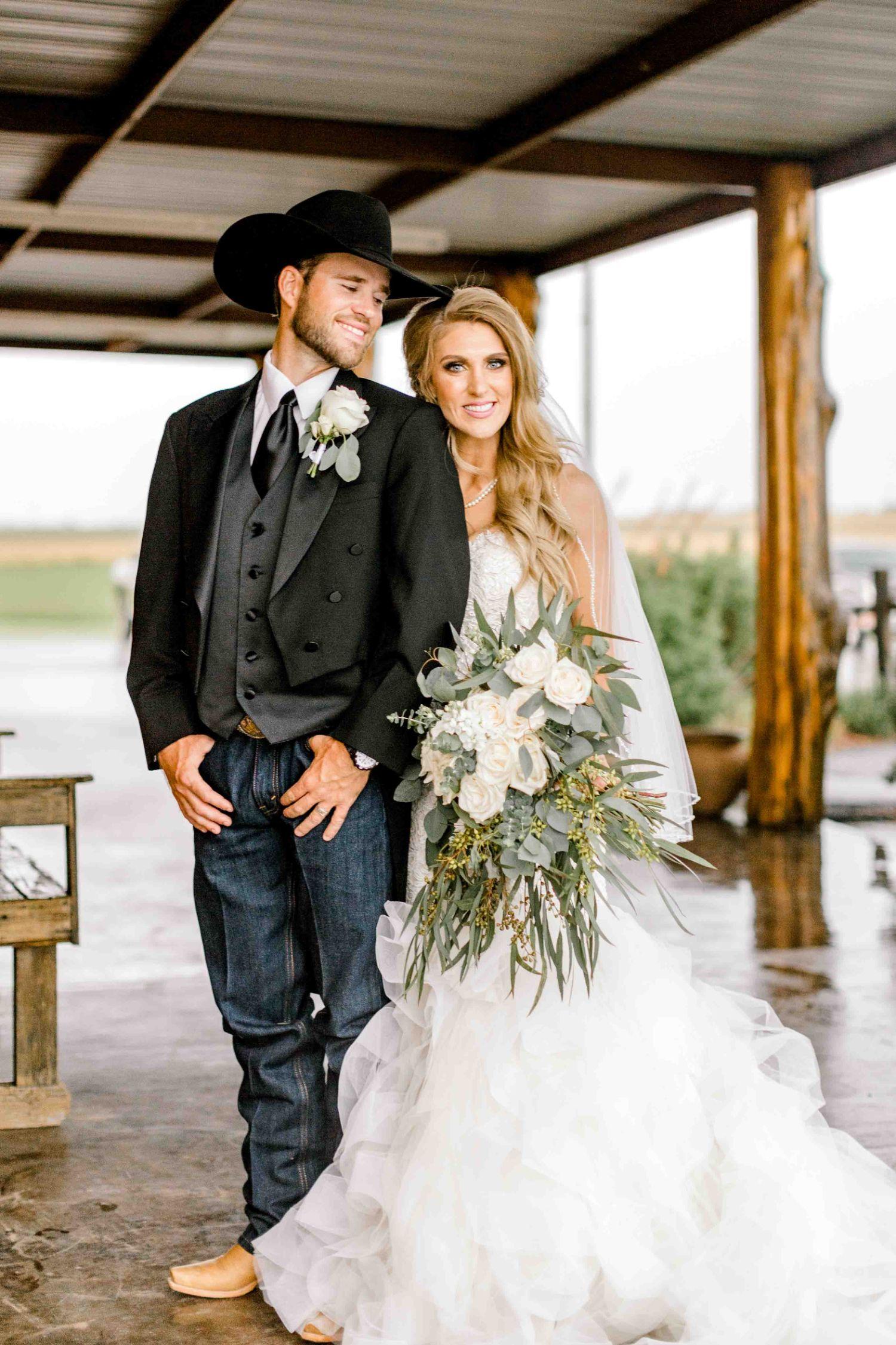 wichita-falls-wedding-katelyn-colten-vernon-texas-31.jpg