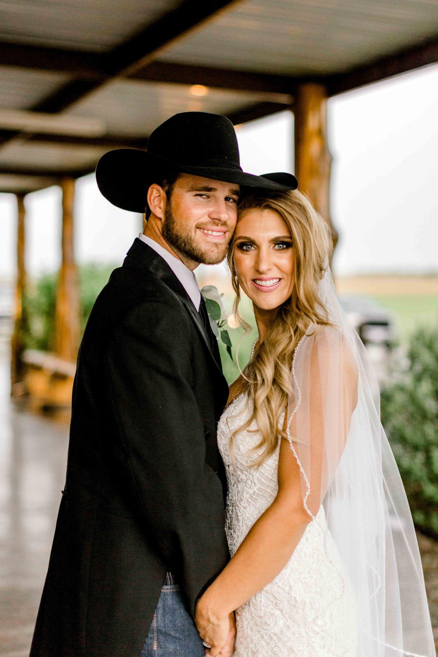 wichita-falls-wedding-katelyn-colten-vernon-texas-35.jpg