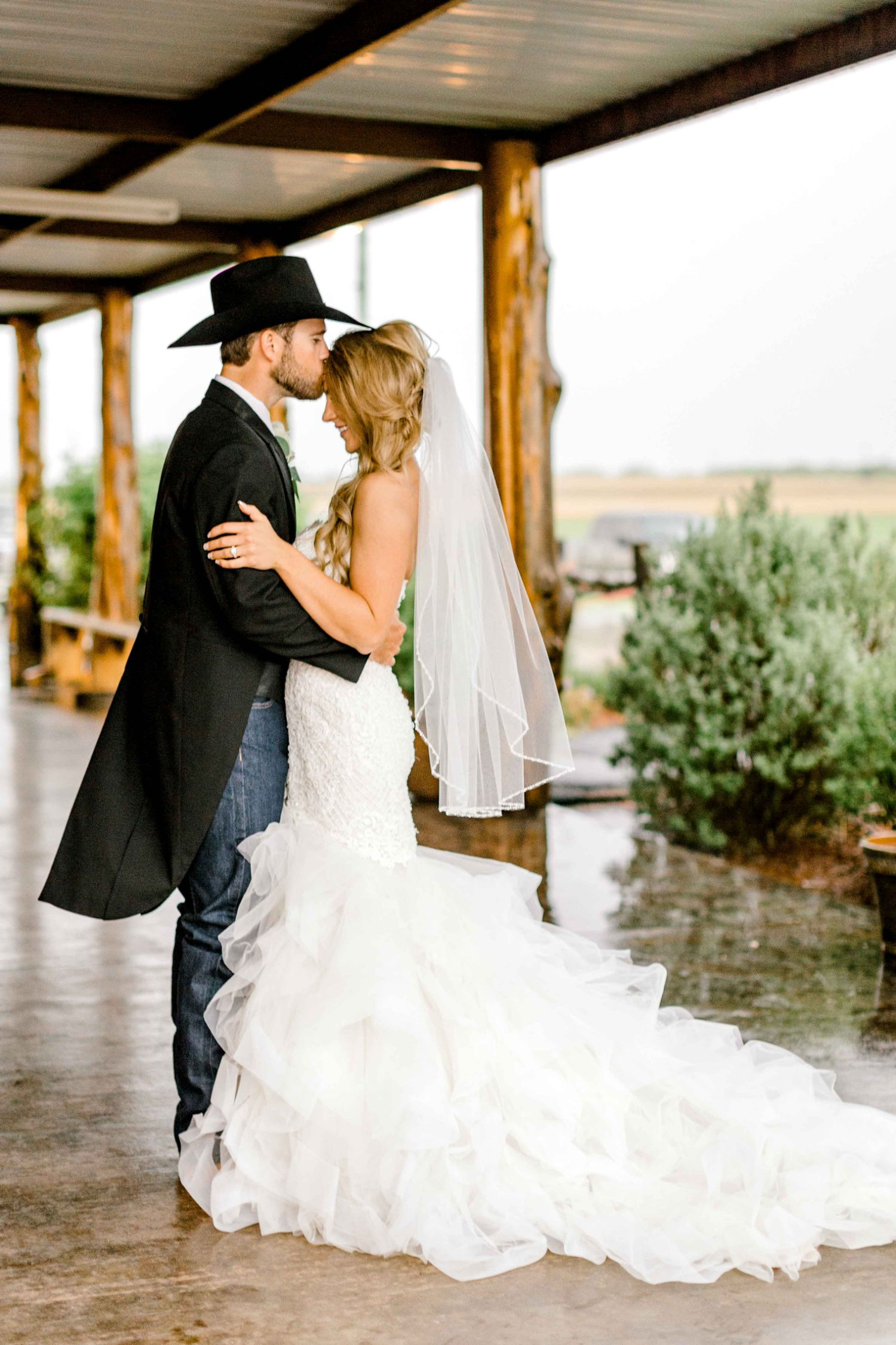 wichita-falls-wedding-katelyn-colten-vernon-texas-36.jpg