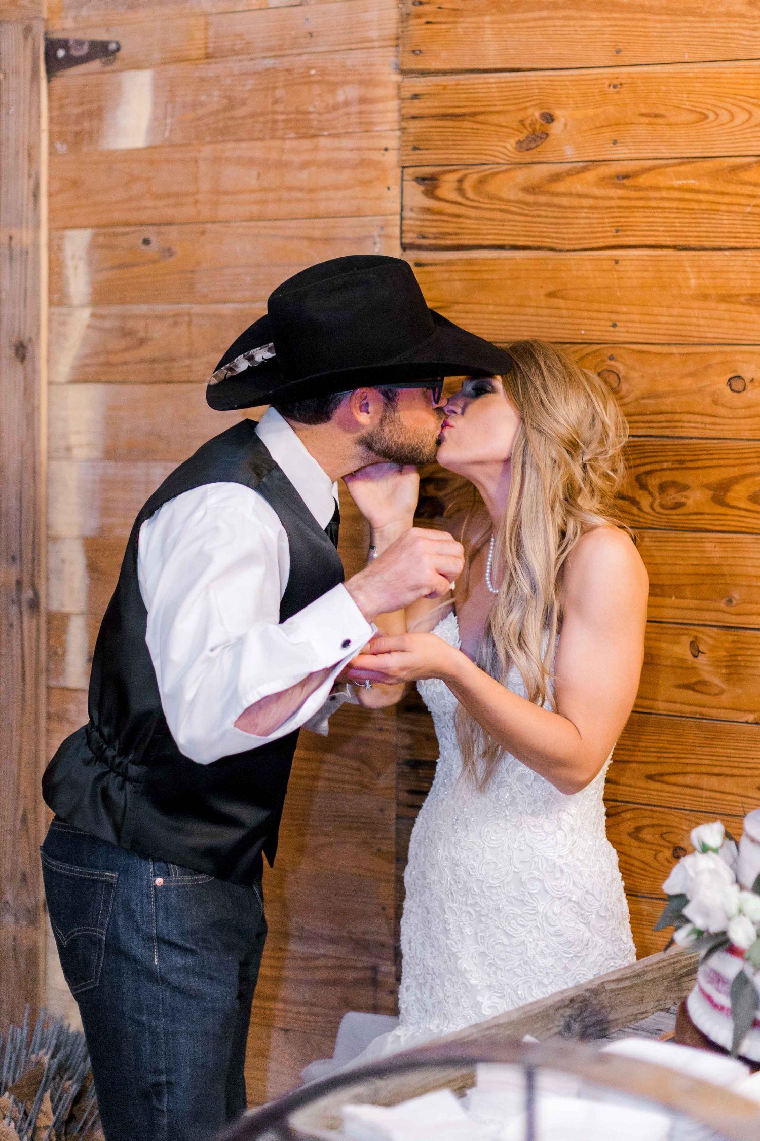 wichita-falls-wedding-katelyn-colten-vernon-texas-45.jpg