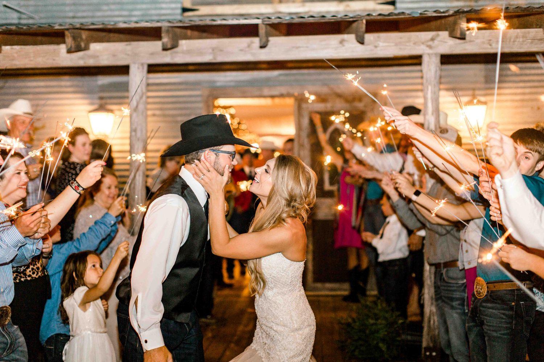 katelyn-colten-wichita-falls-wedding-photographer-16.jpg