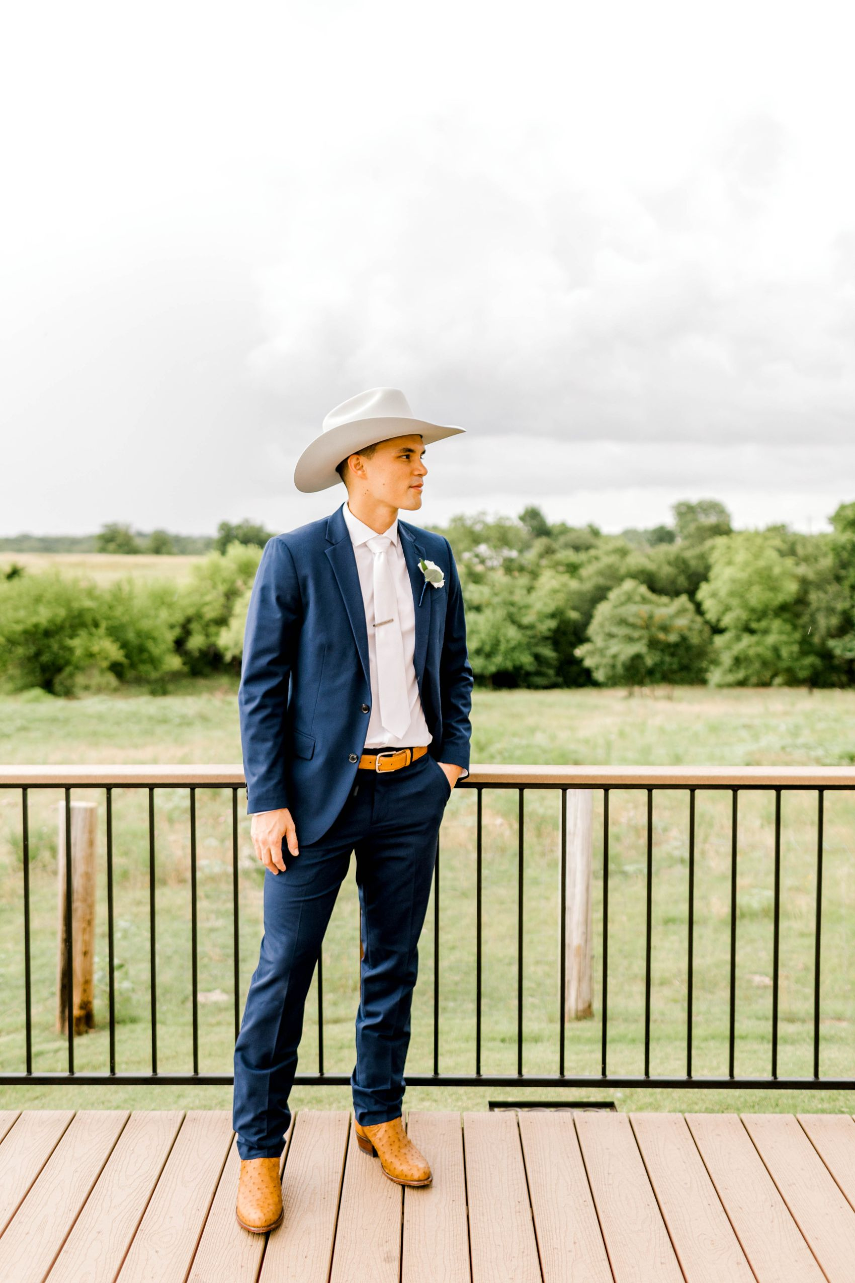 rustic-grace-estate-van-alstyne-wedding-06.22.19-16.jpg