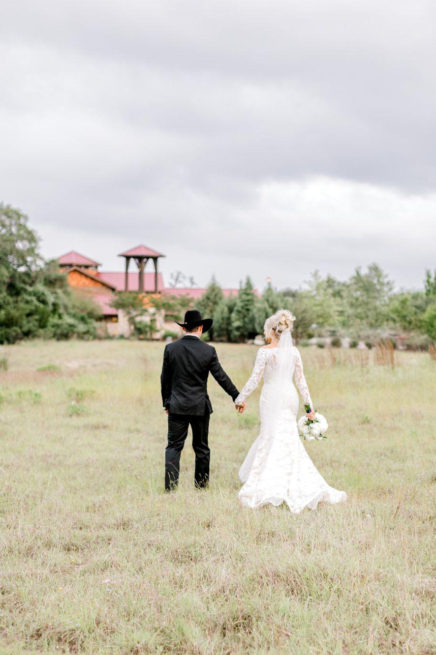 camp-lucy-wedding-olivia-seth-36.jpg