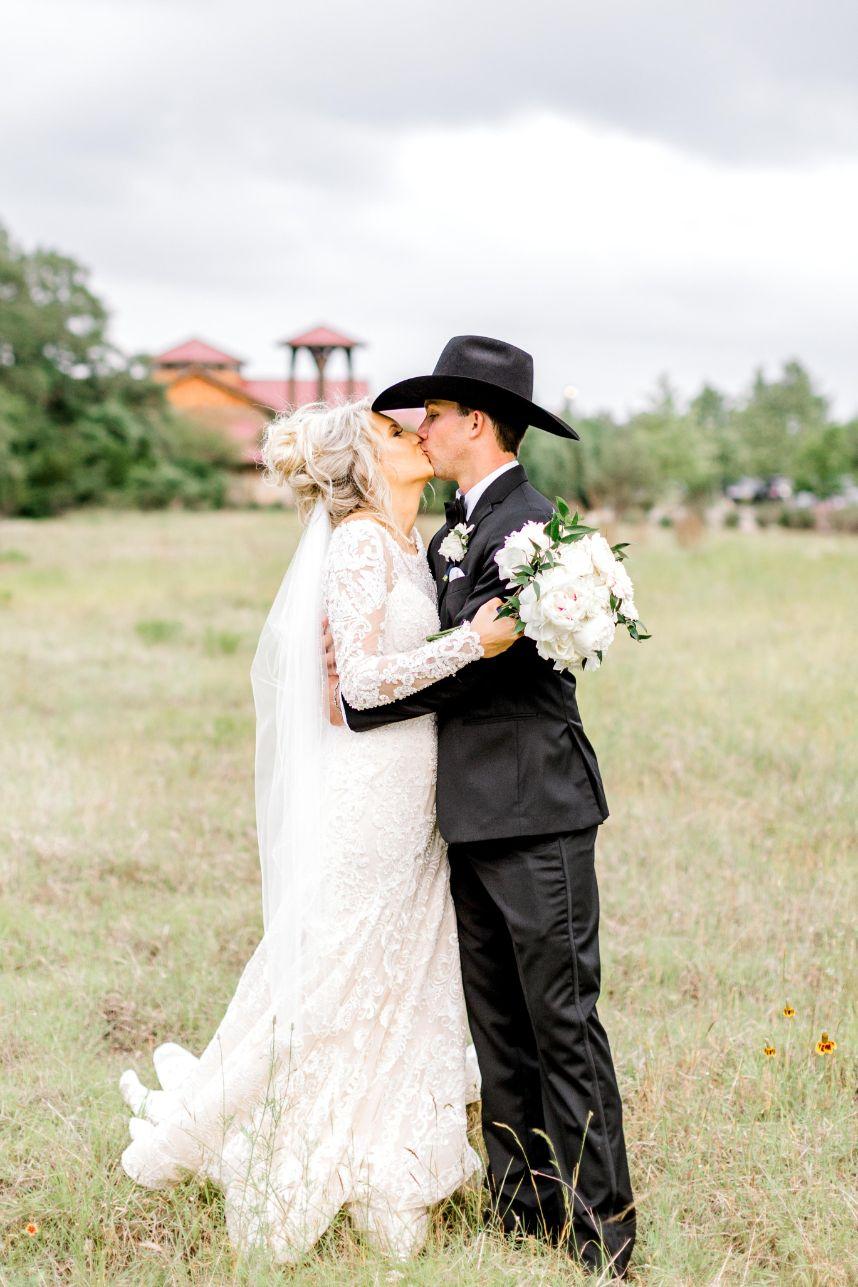 camp-lucy-wedding-olivia-seth-37.jpg