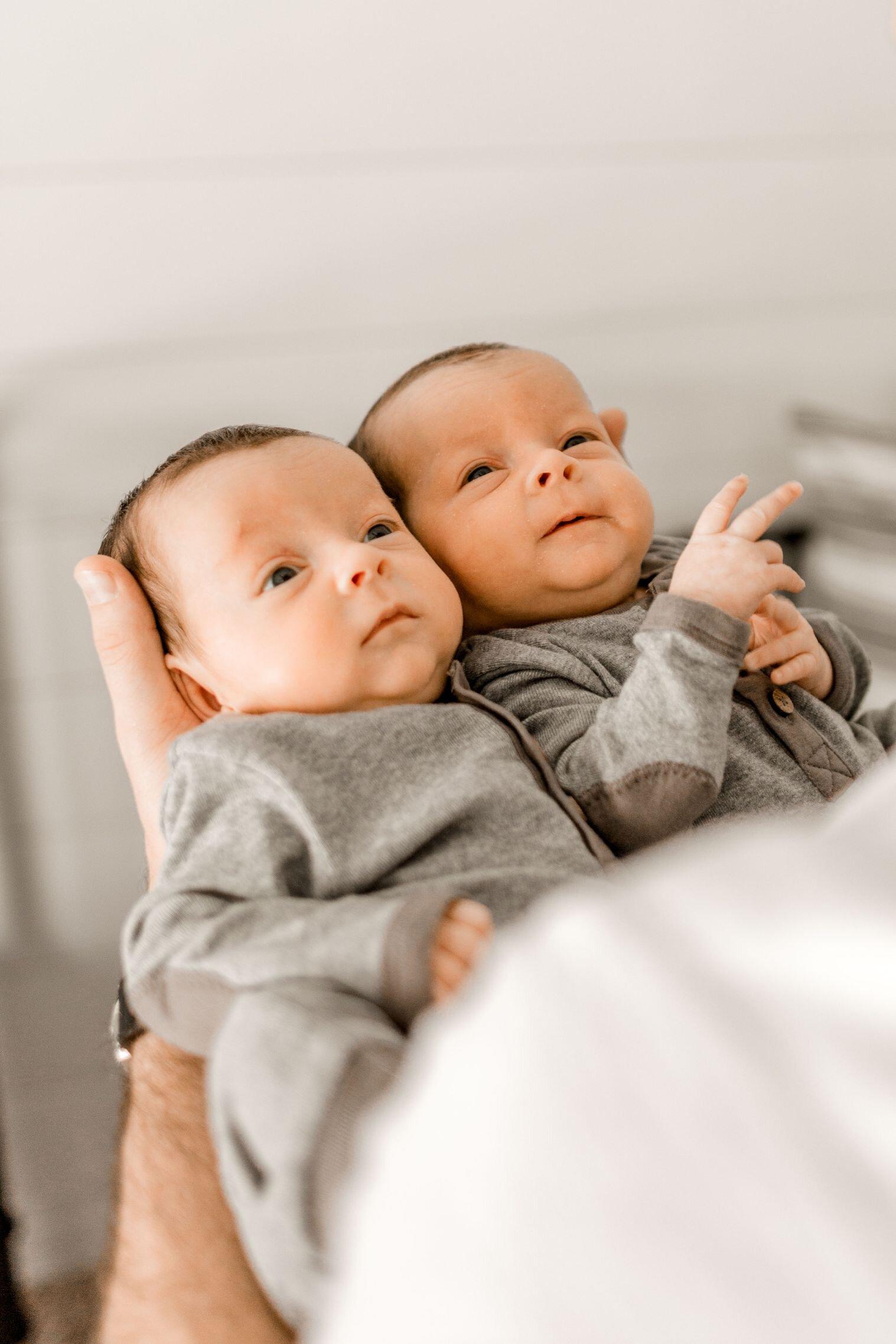 v-twins-fort-worth-newborn-photographer-22.jpg