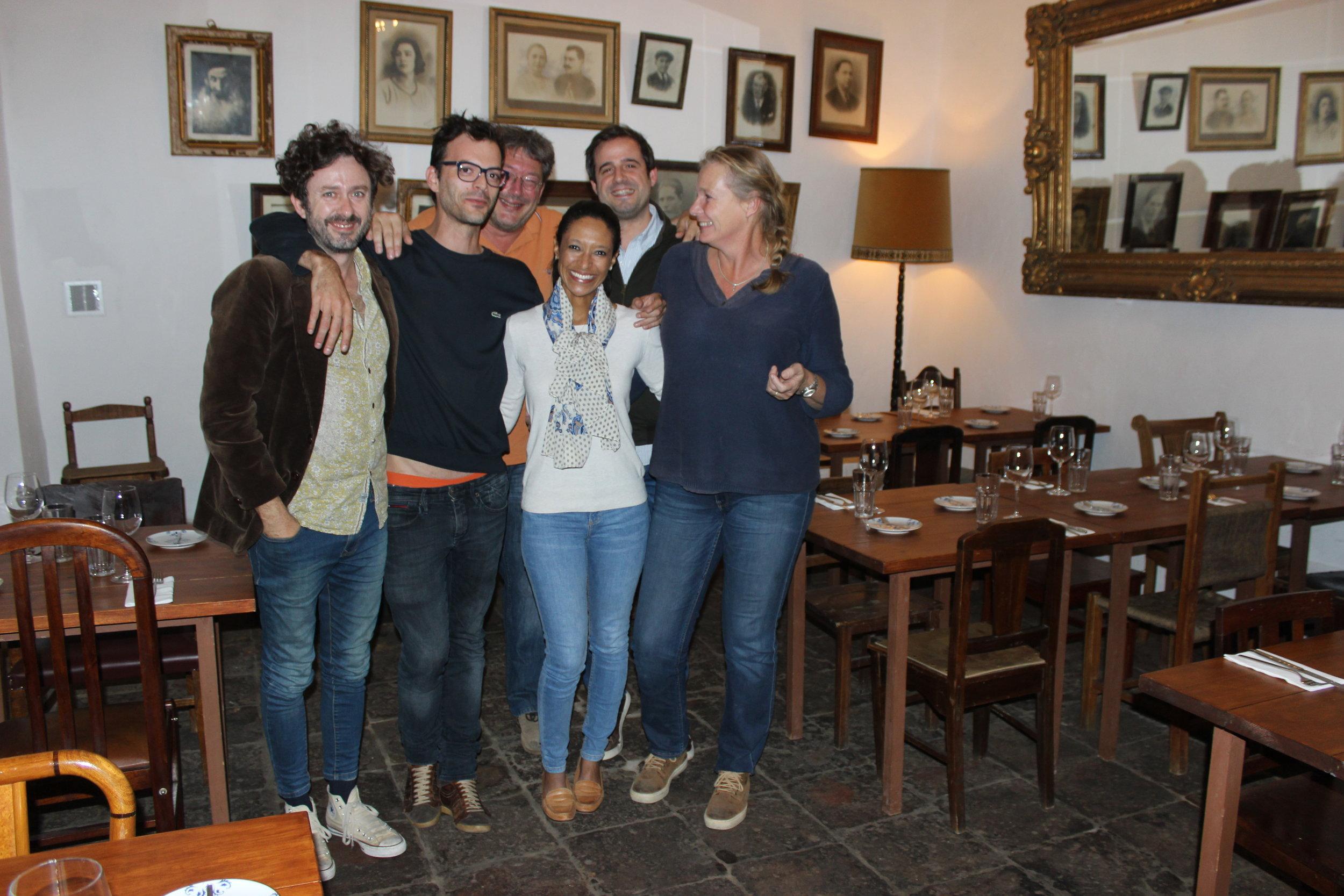 lively dinner group at vovo joaquina in beja