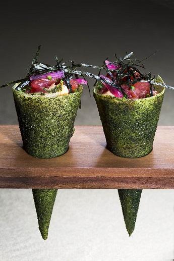 Mini-Bar-Tuna-tartar-temaki-cone-a.jpg