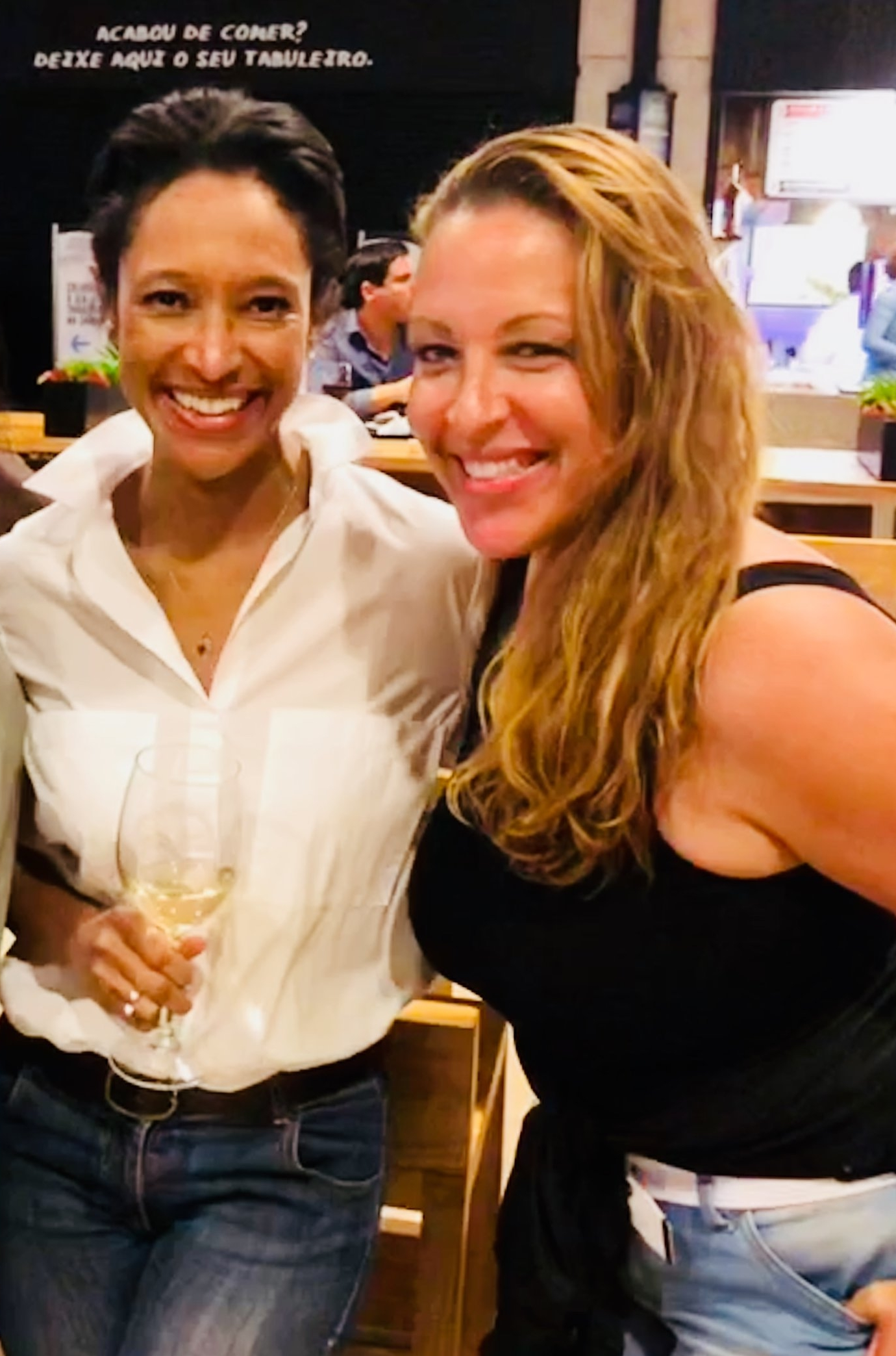 Jessica Malavez (l) meets up with Sheree Mitchell (r) in Lisbon, Portugal