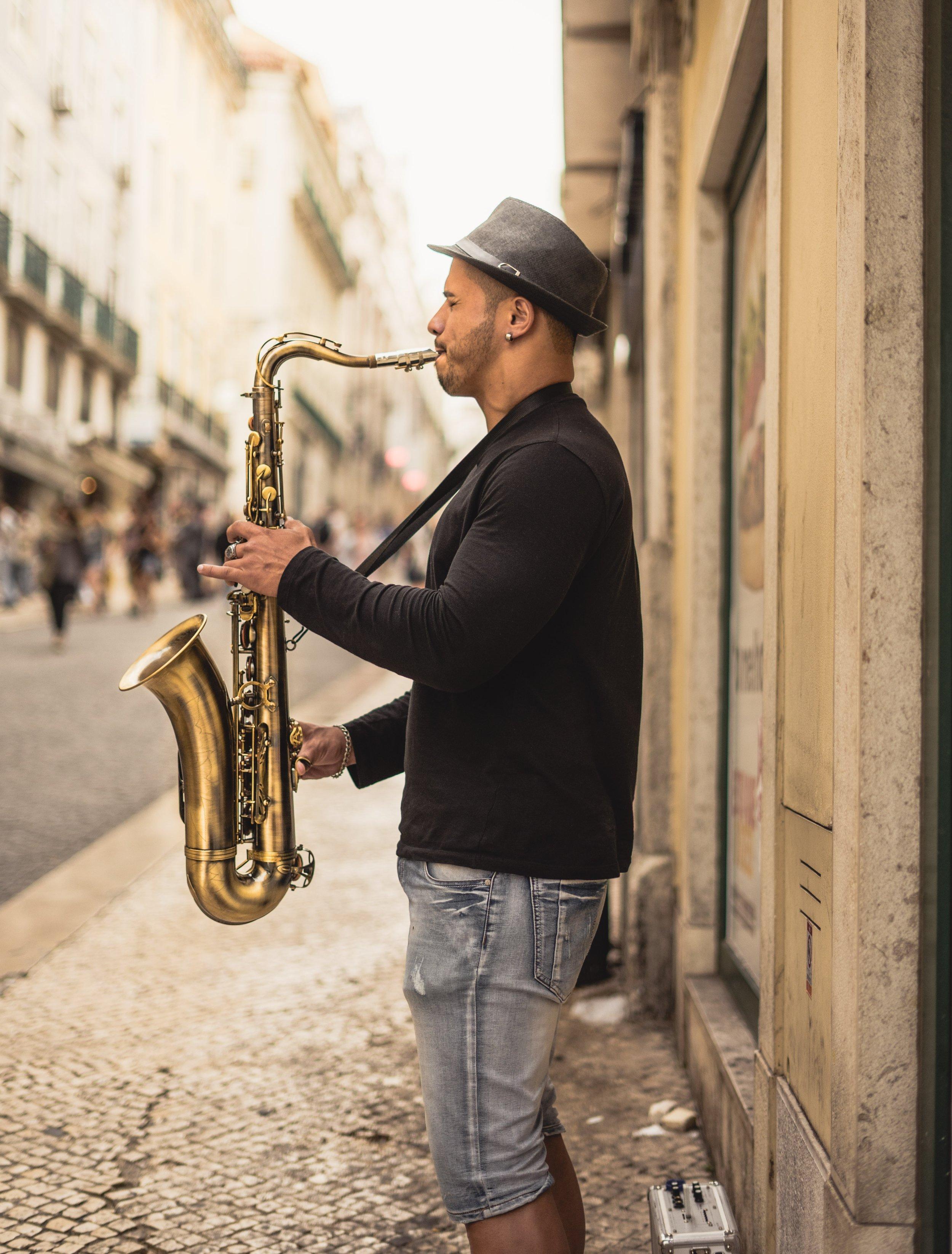sax player in Lisbon Portugal.jpg