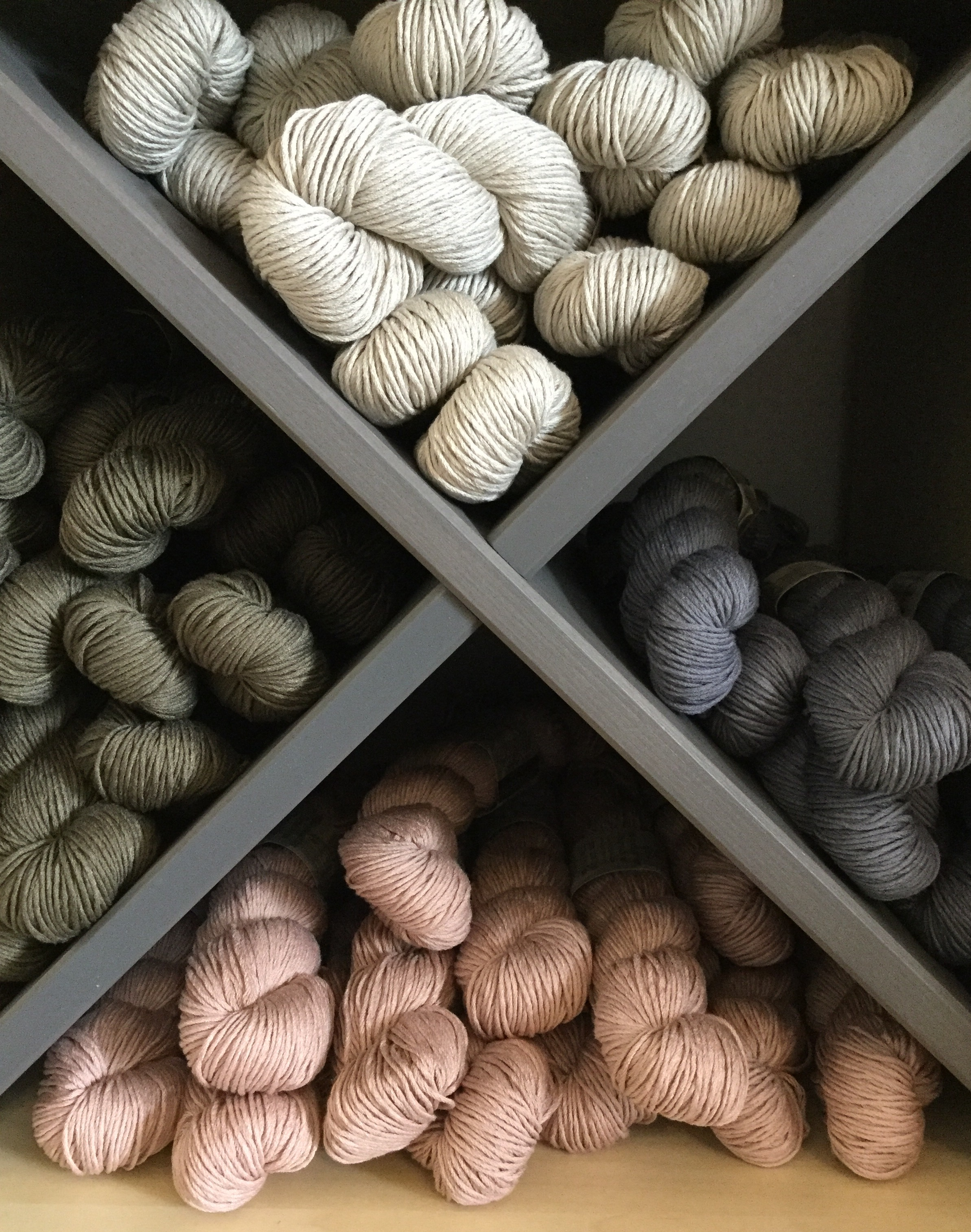 4 of the 8 yarn colours