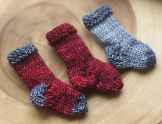 GWN-littlesocks-01_small2.jpg