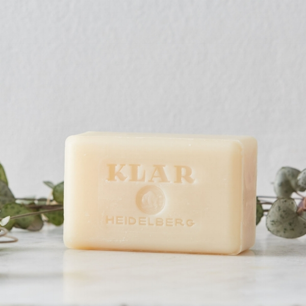 The Klar classic soap bar. Made to a 100 year old family recipe.