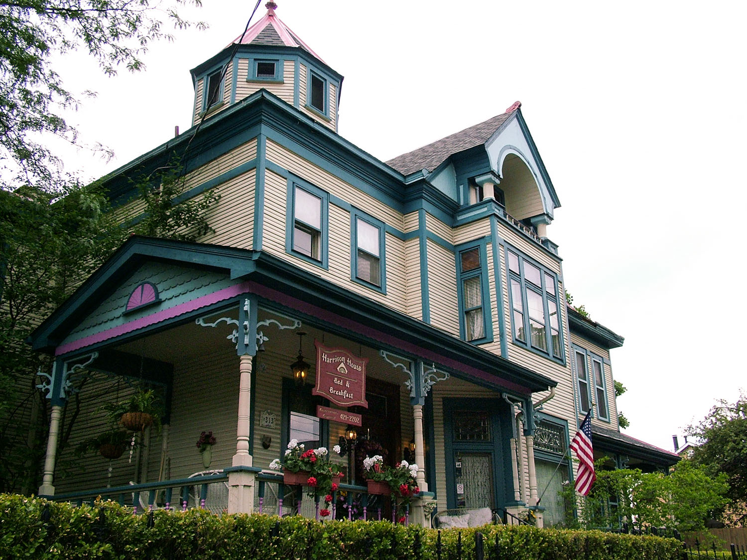 Harrison-House-Bed-and-Breakfast-Columbus-Ohio-Home-2
