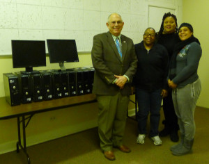 Pictured L to R: Steve Chafitz (President, e-End), Stephanie Byrd (Director, Heart II Heart), Martina Squirre (IT Specialist, Heart II Heart) and Sanette Curry (Press Manager, Heart II Heart)