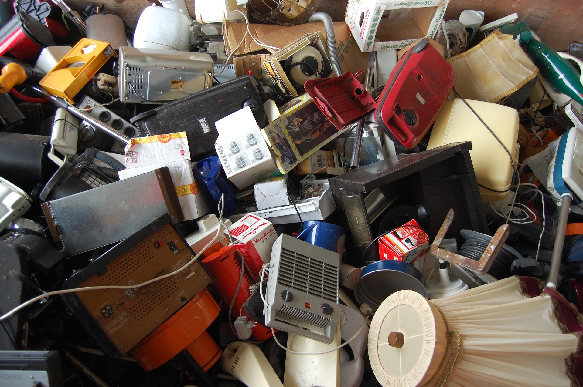 e-waste-2049017_1920.jpg