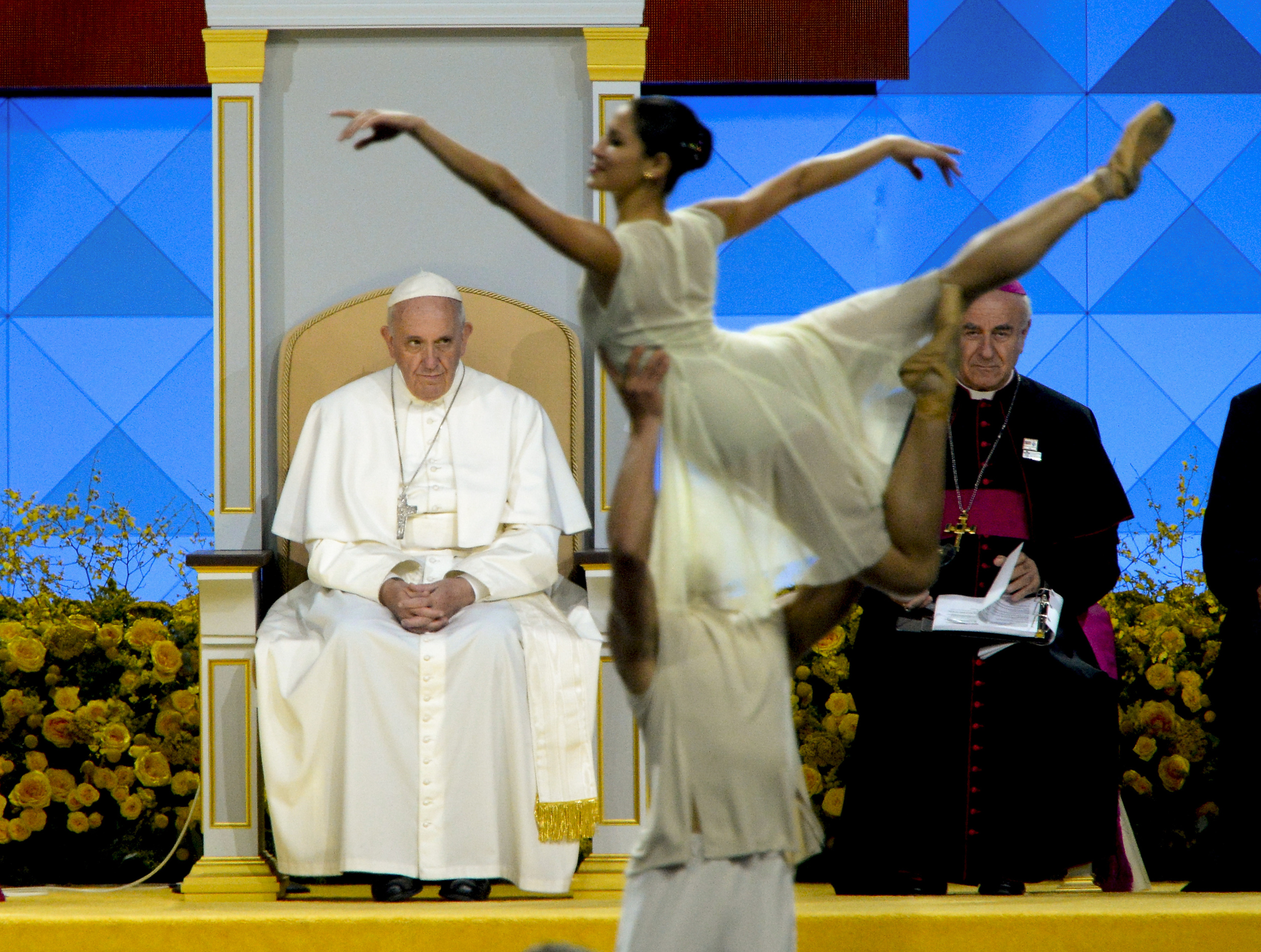 9/26/15 7:47:28 PM -- Philadelphia, PA, U.S.A  --Pope Francis watches The Pennsylvania Ballet  at Festival of Families along Benjamin Franklin Parkway in Philadelphia, Penn. on Saturday, Sept. 26, 2015. --