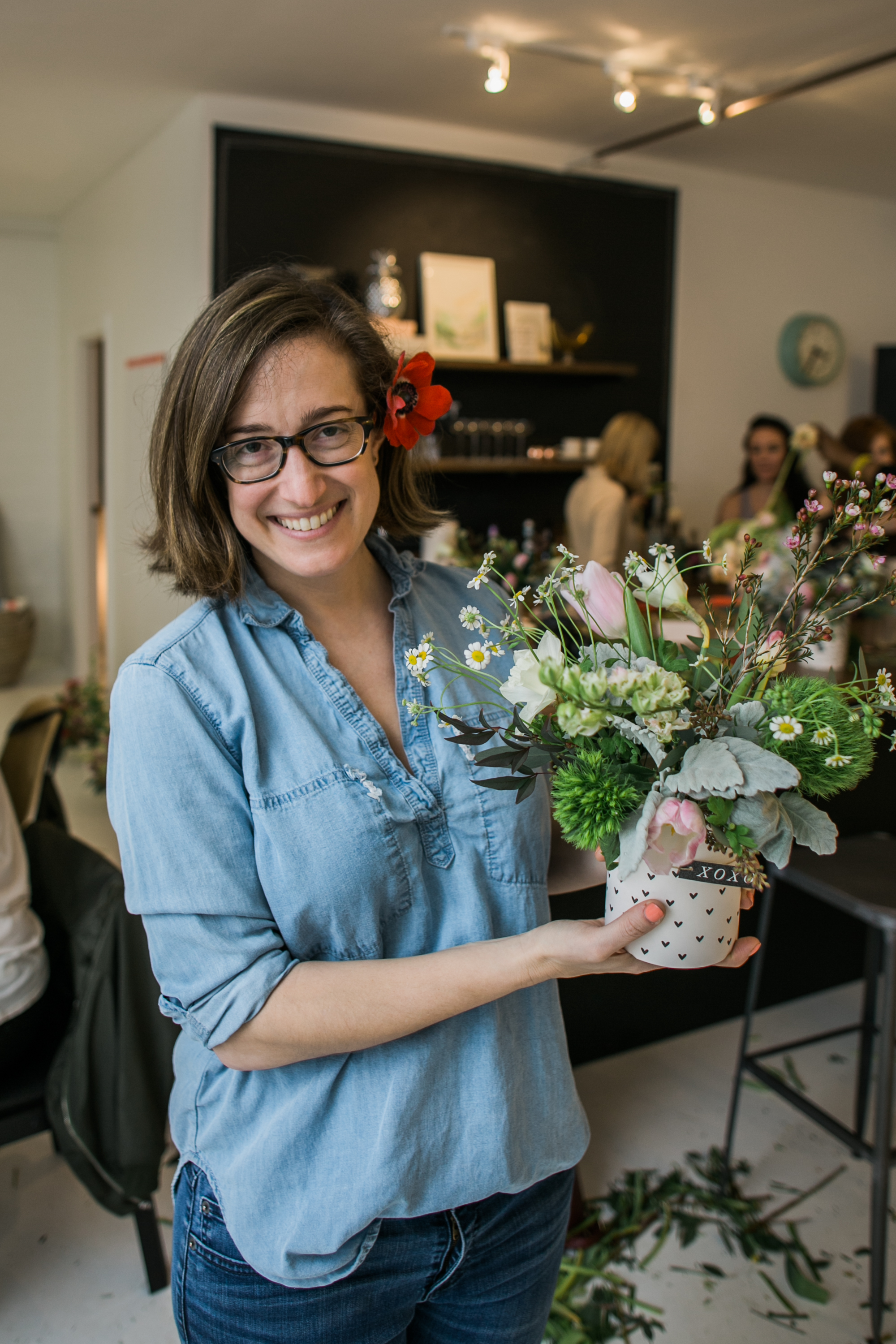 ©AlexisJuneWeddings_GalentinesFloralWorkshop-201.jpg