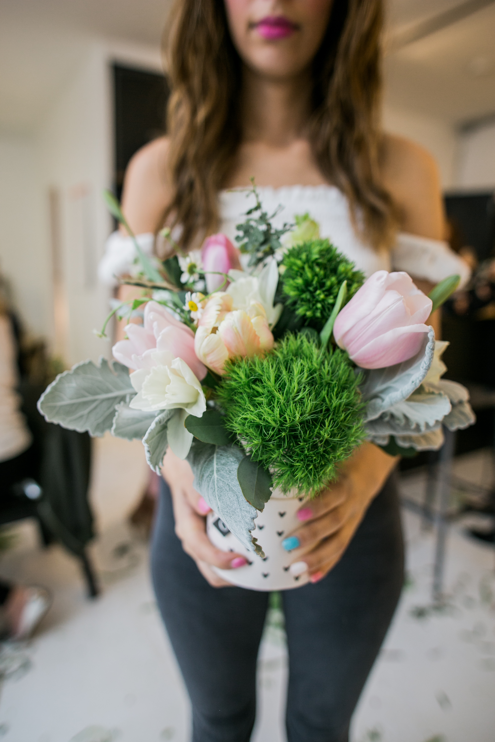©AlexisJuneWeddings_GalentinesFloralWorkshop-206.jpg