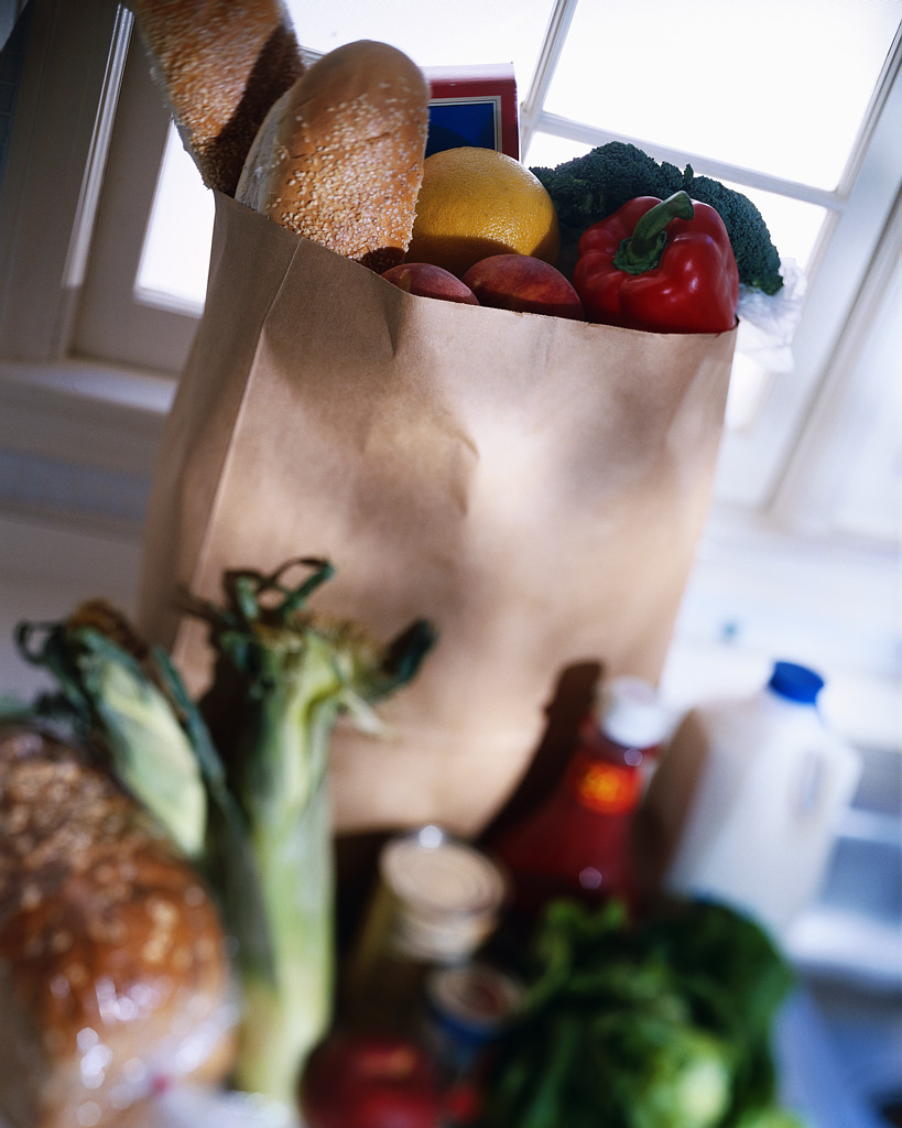 When you visit ICA, you'll choose a selection of fresh vegetables and fruits, meat, milk, and other perishable and nonperishable foods.