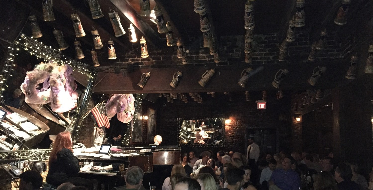 Pat O'Brien's Dueling Piano Bar in the French Quarter