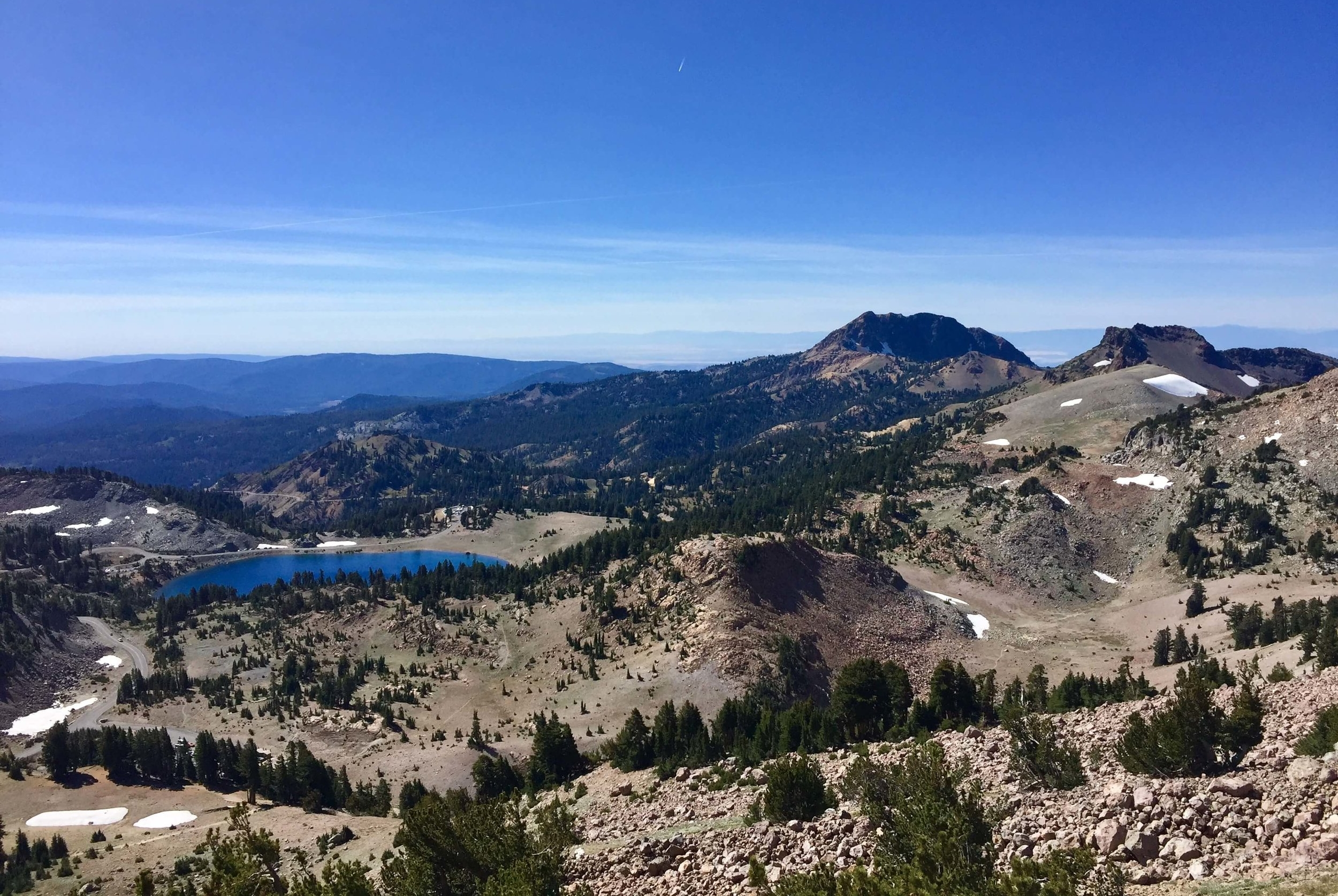 A spectacular view of Lake Helen and Brokeoff Mountain from the Lassen Peak Trail.