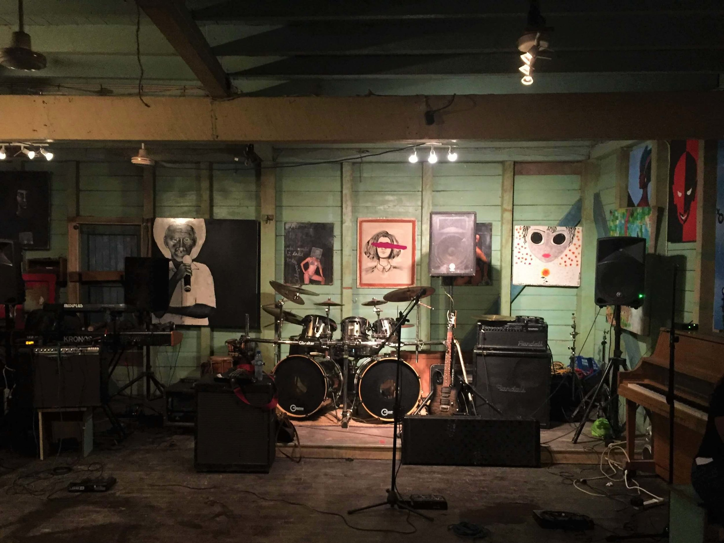 Between sets at the Belize Soul Project in San Ignacio. Downstairs from the Old House Hostel.