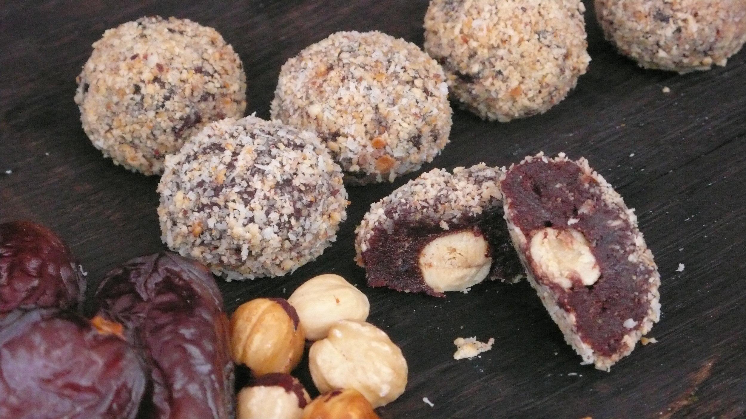 cacao date  ball with hazelnut coconut coating.JPG
