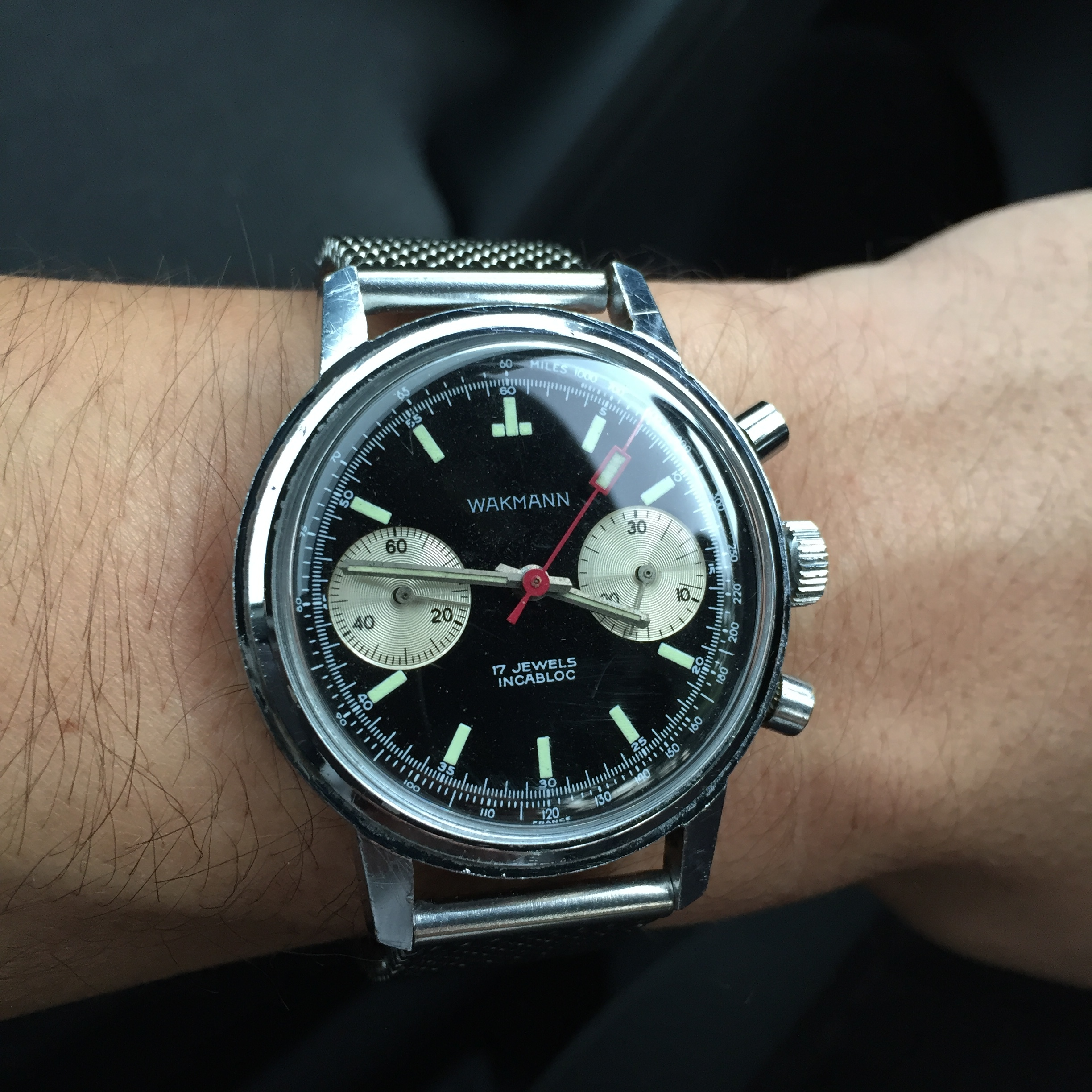 Occasionally, there are watches you can't find exact info on like this Wakmann Chronograph. I was able to find enough info on the company at their watches of the era that I do believe this one is correct and original.