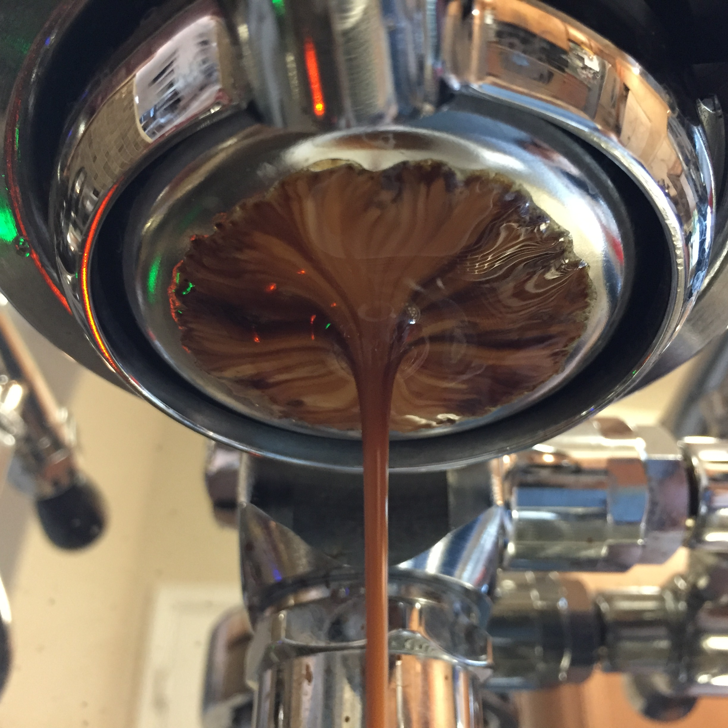 Snappy and sweet shots with a milk chocolate finish through the IMS Precision double basket.