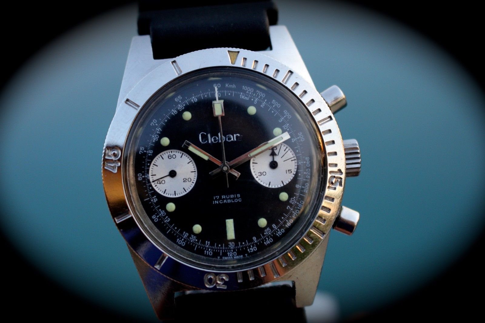 I love those big lume plots with perfectly matching patina. Photo from the eBay listing, click through for more info.