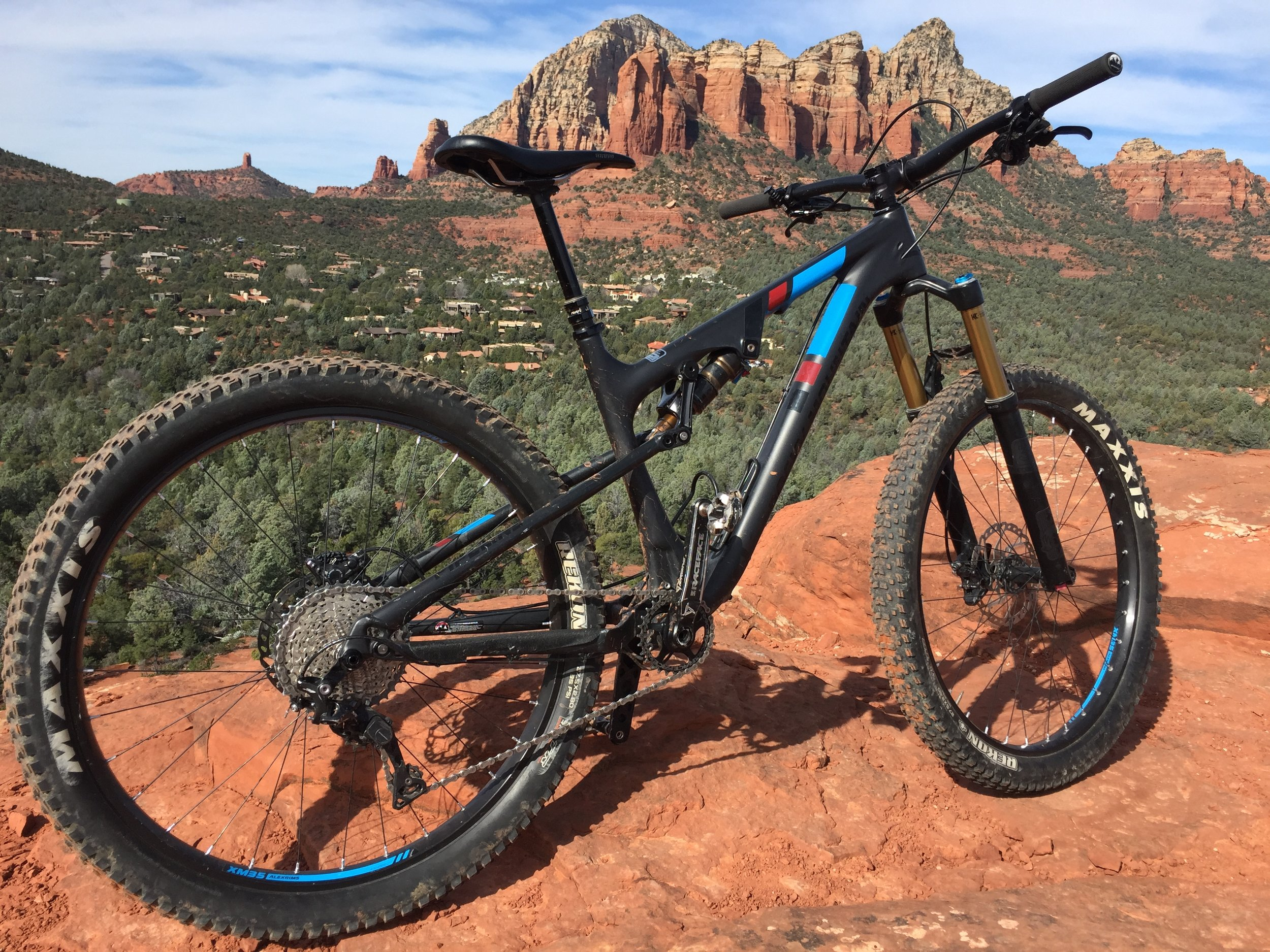 This bike is kind of an unsuspecting monster. Tune-able suspension and head tube, with XT and Kashima Coated shocks front and rear for $4800 ain't bad either.