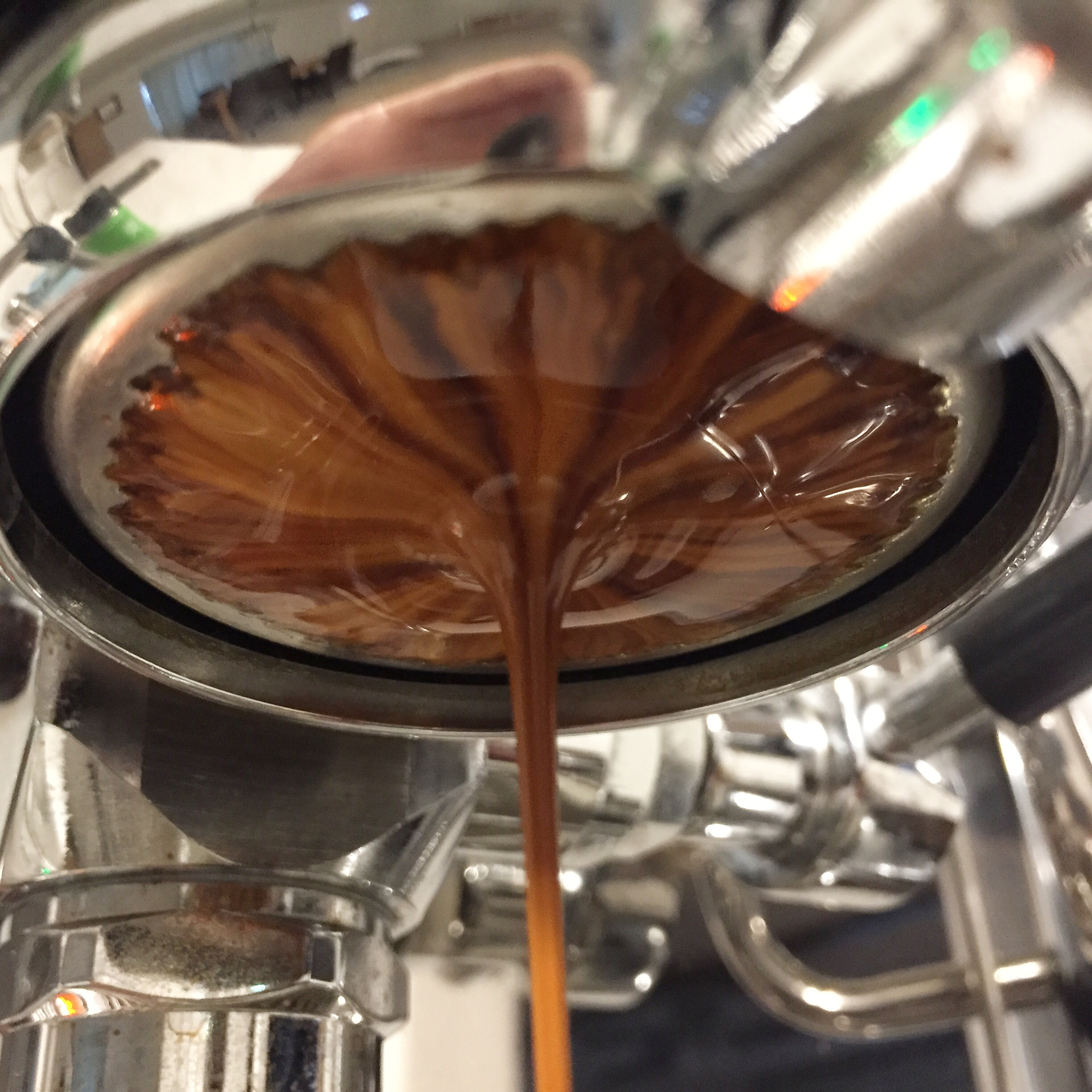 This shot shows a (mostly) even, dense, syrupy, rich flow.
