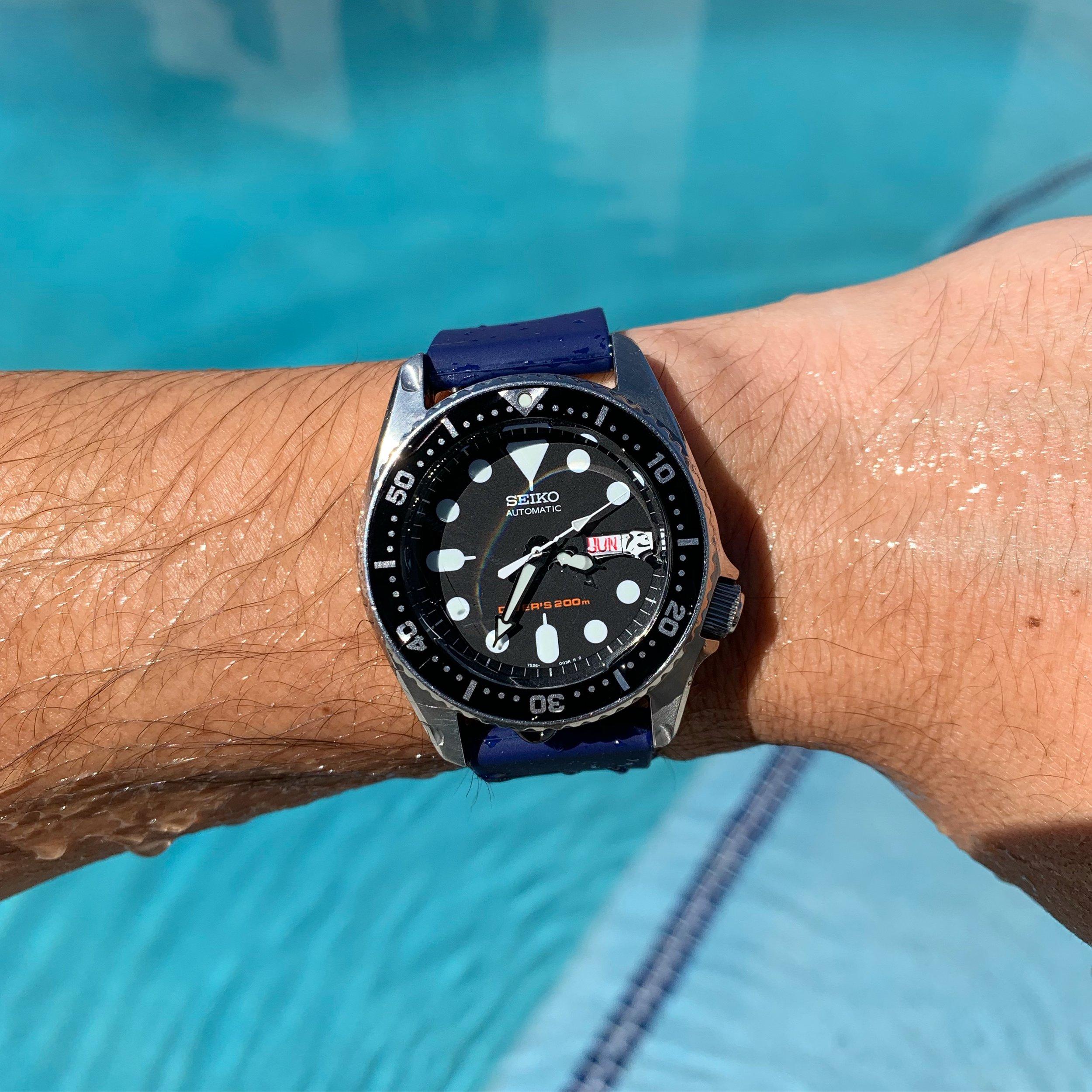 BluShark Kwik Change Silicone Watch Strap Seiko SKX.JPG