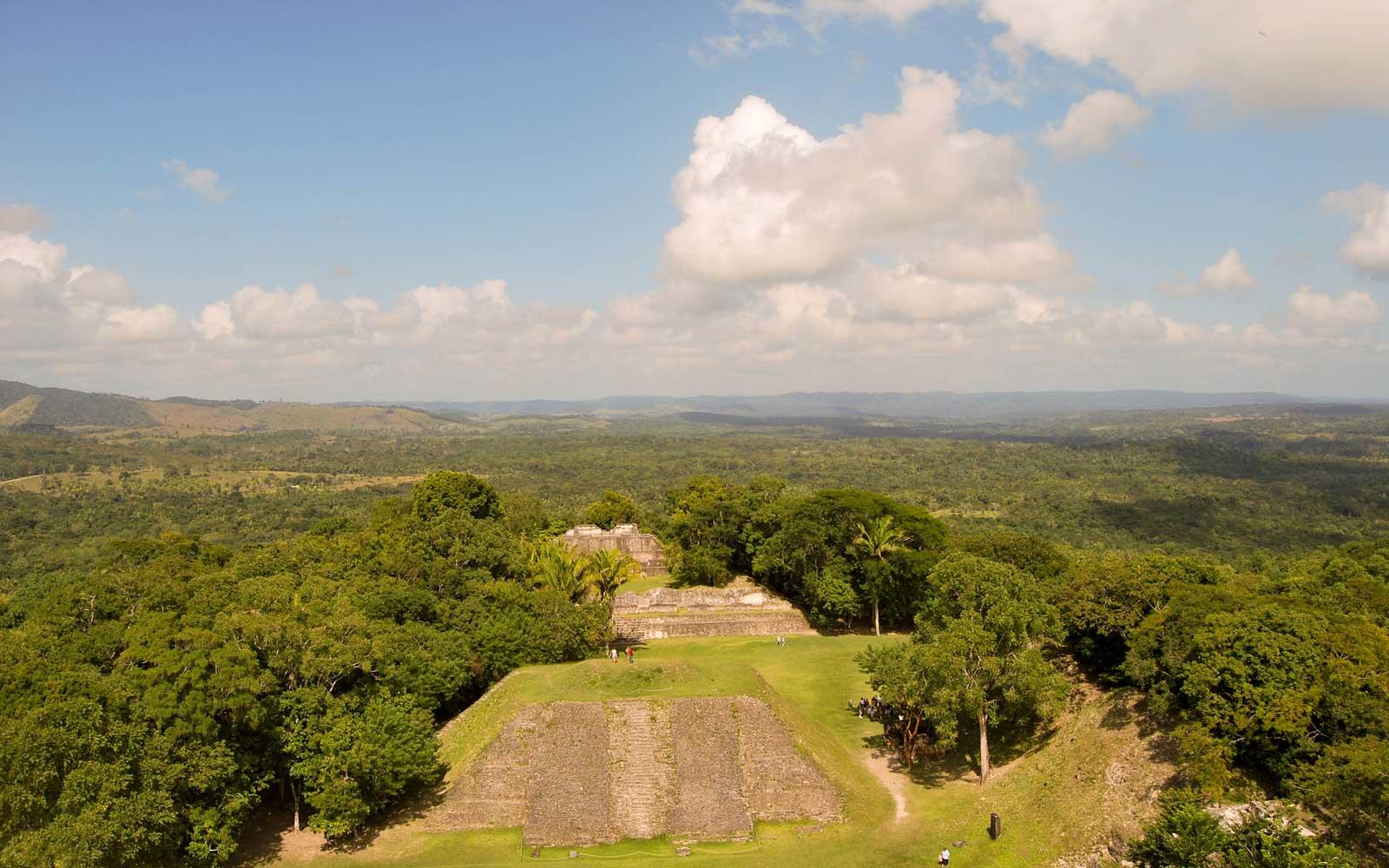 Xunantunich-Maya-Ruin-4-R.jpg