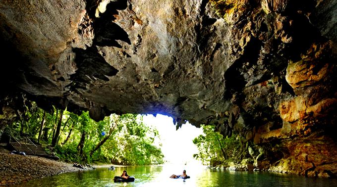 Cave-Tubing-L.jpg