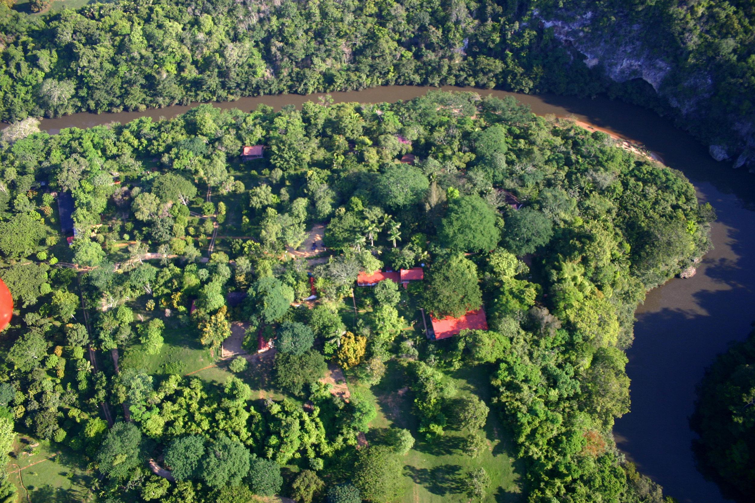 duPlooy_s Jungle Lodge- Aereo.jpg