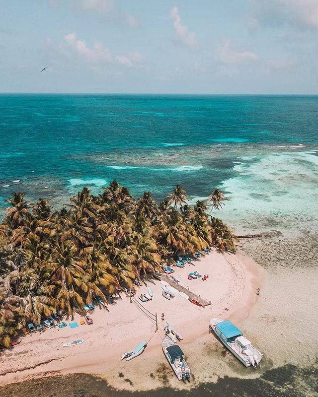 Experience the best of Belize 🏖 -------------------------------------------------- 📸: @livelikeitsthewknd